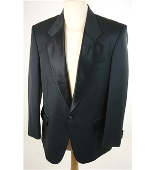 Vintage C&A Size: M Tailored fit Black Smart Single Breasted Tuxedo Dinner Jacket