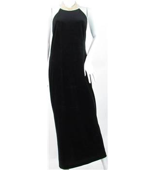 Notorious Size: 16 M Black Halter-neck dress