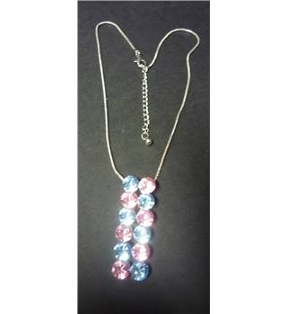 Baby blue and pink necklace - Size: Medium - Metallics