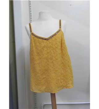 Gold Per Una summer top size 14 Per Una - Size: 14 - Yellow - Sleeveless top