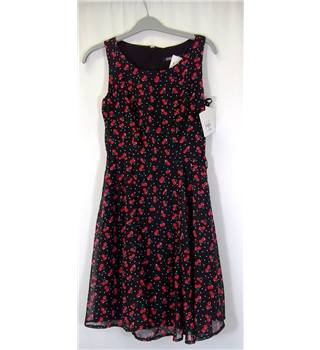 BNWT In Wear - Size: S - Multi-coloured - Sleeveless Dress