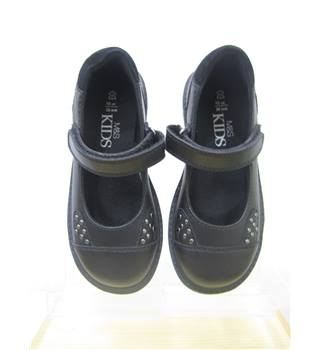 BNWOT M&S Girls Size 10 Shoes M&S Marks & Spencer - Size: 10 - Black