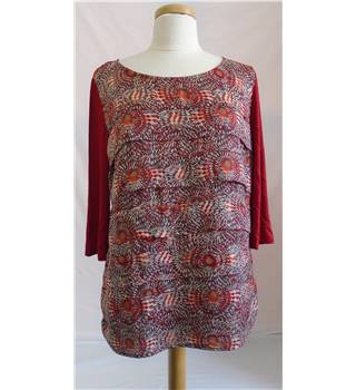 BNWT  - Marks & Spencer  - Per Una - Top - Size 16 - Red