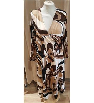 Studio8 - brown patterned dress - size 18 Studio8 - Size: 18 - Brown
