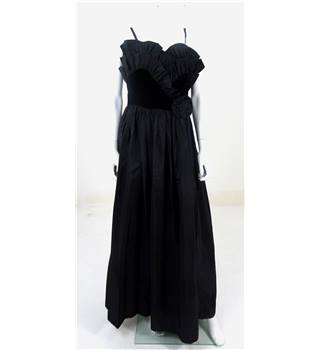 Vintage 1960s Circa Size 12  Pronuptia Black Full Length Dress