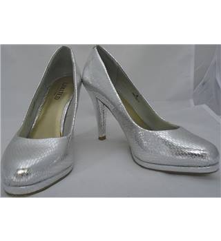 Limited Collection (Marks & Spencer) - Size 4 - Silver - Stilettos