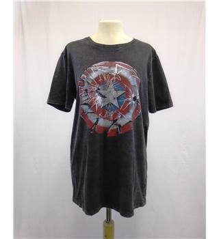 Marvel Comics Apparel BNWT - Size S - Black T-Shirt with Shield Logo