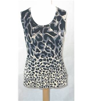 SKY DESIGNS ANIMAL PRINT TOP, SIZE 2 Sky Designs - Size: XS - Multi-coloured - Vest
