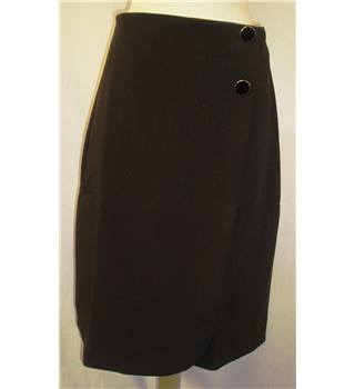 BNWT Closet  Size 8 Black Knee length wrap around skirt