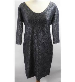 GUARAPO ITALIA size: S/M grey knee length dress [HALF PRICE]