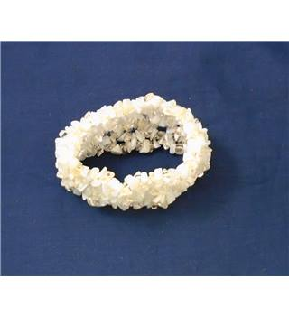 White and Clear Elasticated Bracelet
