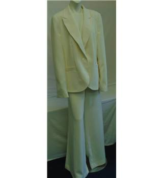 BNWT Long Tall Sally Trouser Suit - Size: 20 - Cream