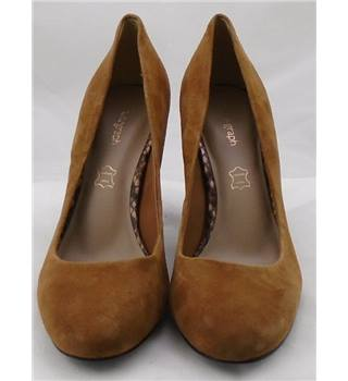 NWOT Autograph size 5 tan suede pumps with snake skin block heel