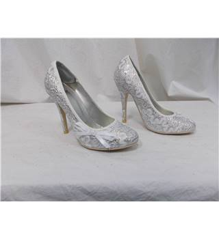 Truffle silver size 5 wedding shoes
