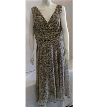 Connected Dress - Size - 16 - Brown