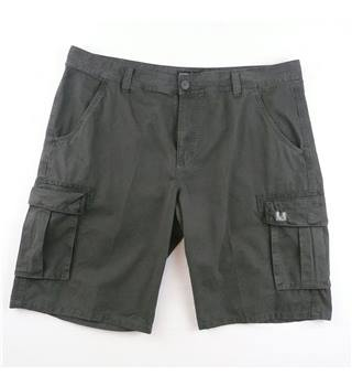 RED  size 40  grey cargo shorts