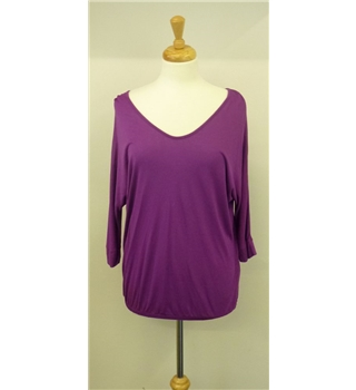 French Connection Classic size medium French Connection - Size: M - Purple