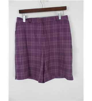 Burberry Golf Size 12 Aubergine Plaid Printed Shorts