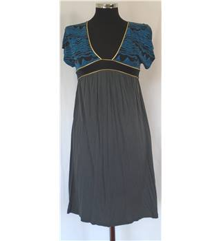 French Connection Size 8 Slip Over Jersey Style Dress