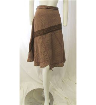 Solola Size S Brown Patterned Skirt Solola - Size: S - Brown