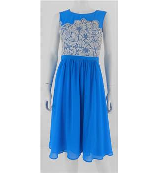 Warehouse Spotlight Size: 10 Blue & Sequins Dress