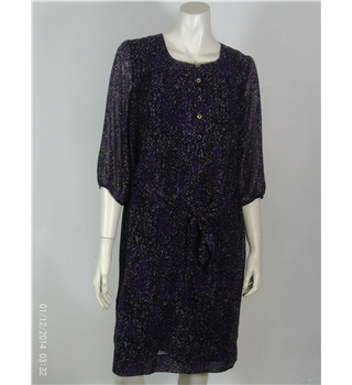 NWOT M&S size: 12 purple patterned knee length dress
