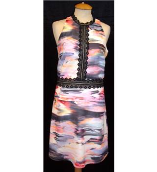 BNWT Little Mistress Size 8  Multi-coloured abstract pattern Sleeveless dress wih crochet lace trim