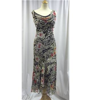 Ice size: 8 black and beige floral long dress