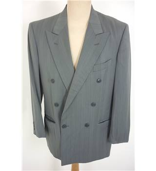 "Louis Feraud Size: M, 38"" chest, tlrd fit Granite Grey Smart/Stylish Wool Blend Designer Double Breasted Jacket."