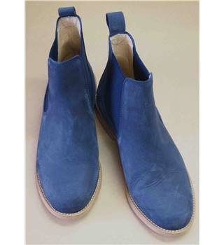 Russell & Bromley  Junior Blue Suede Chelsea Boot Size 35/2.5