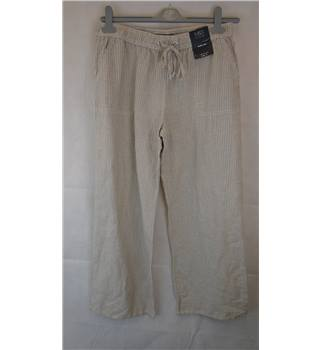 "SPLENDID BRAND NEW M&S TROUSERS, SIZE 12 M&S Marks & Spencer - Size: 32"" - Multi-coloured - Trousers"