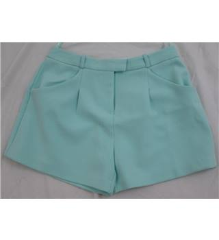 NWOT M&S size: 10 spearmint green hot pants