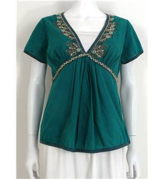 Whistles Size 12 Green V-neck Top