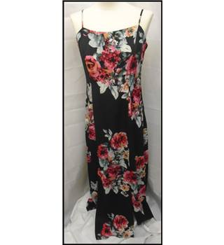 Papaya - Size: 10 - Black - Long dress