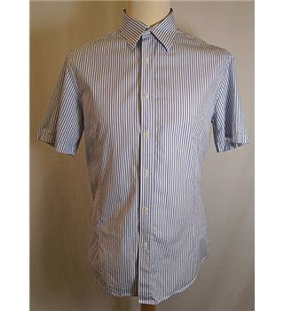 Reiss - Size: M - White - Short sleeved