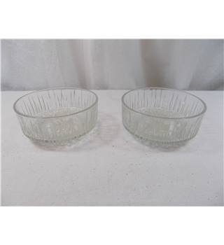 2 Vintage Glass Pattern Bowls