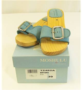 Moshulu - Size: 6 - Blue Suede Wooden Sandals