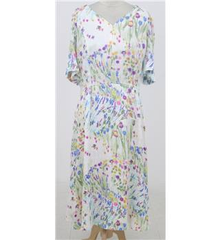 Vintage 90s Donald Campbell Size: XL cream & floral summer dress