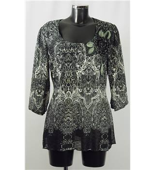 Per Una Size 14 Grey and Black Patterned with Applique Flower Top