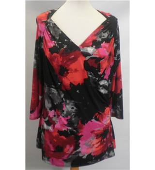 Per Una size: 14 floral long sleeved top