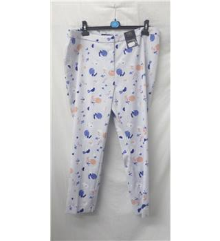 BNWT - M&S Collection - Size: 20 - White pattern - 7/8 Trousers