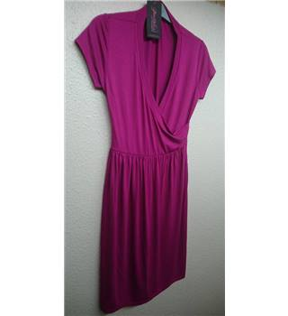 beautiful BNWT NEW purpless MATERNITY - Size: 10 - fuchsia pink Summer dress
