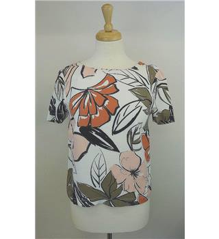 Autograph size 6 white, pink, burnt orange and brown floral print top. Autograph - Size: 6 - Multi-coloured