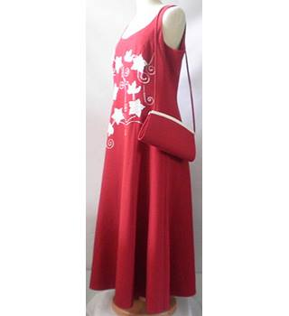 BNWOT Jacques Vert Size 12 Red Flowery Dress with matching purse HALF PRICE]