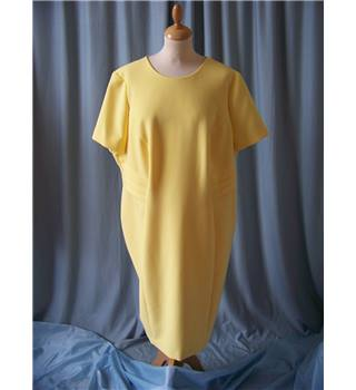 M&S Marks & Spencer - Size: 24 - Yellow
