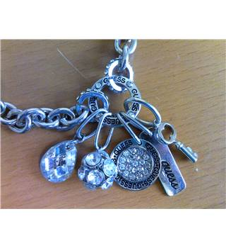Guess Jewellery Pendant/Necklace