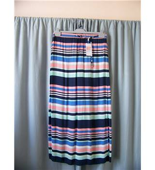 George - Size: 12 - Multi-coloured - Long skirt