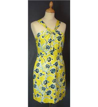 BNWT Topshop Size 10 Yellow Top Topshop - Size: 10 - Yellow - Sleeveless top