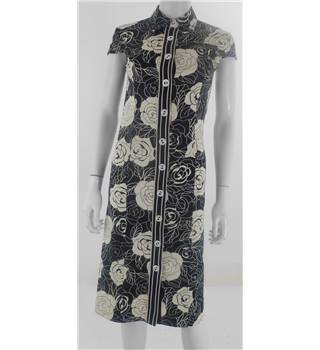 Phase Eight Size 8 Monocrome Rose Print Dress