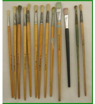 13 - artists used paintbrushes